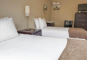 Casa Loma Hotel Bedrooms